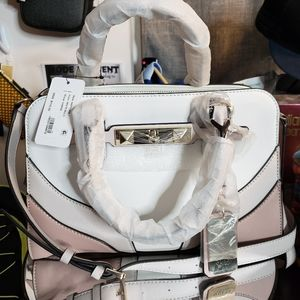 Nwt guess crossbody tote